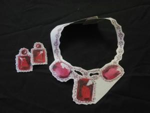 collana con rubini dipinti Carmen Scar