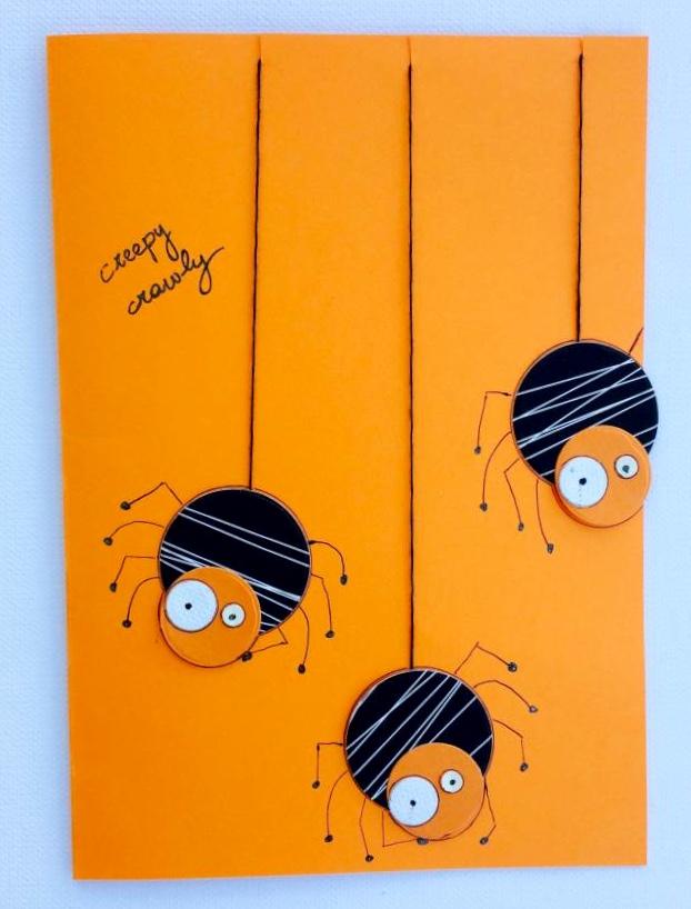 Halloween: biglietto fatto a mano con reagenti di carta