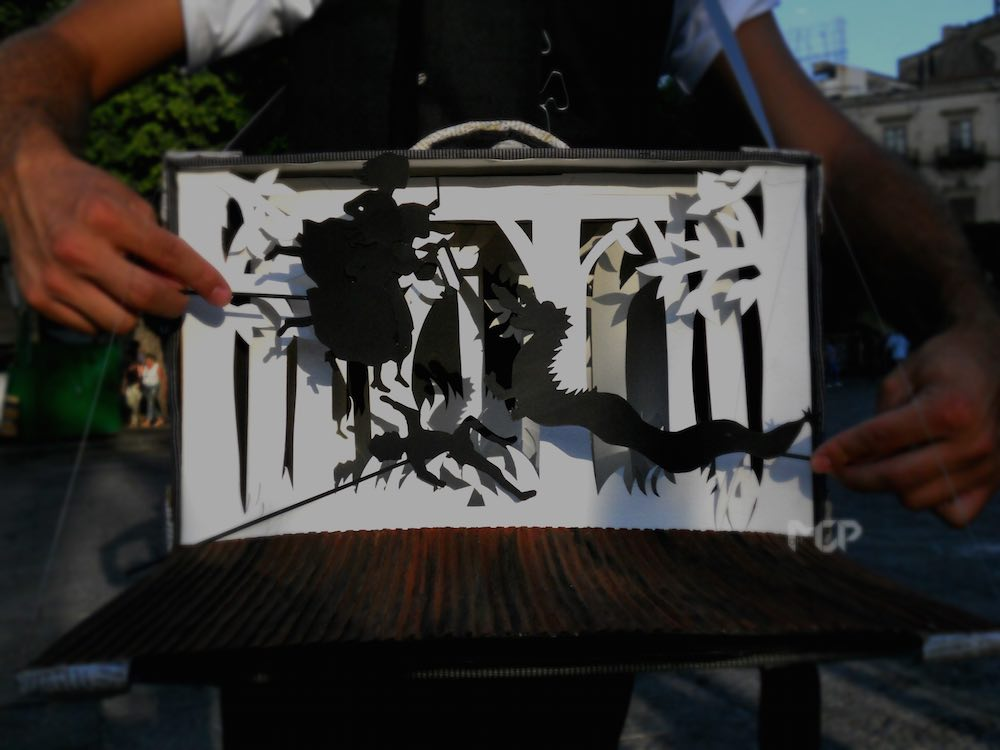 mariachiara padalino scenografia in valigia per bijoux e dintorni