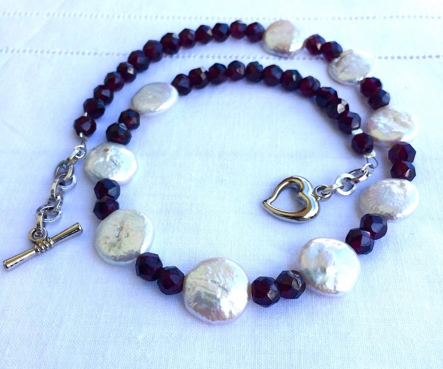 Super collane fai da te: tre idee con le perle di granato - Bijoux e  DL27