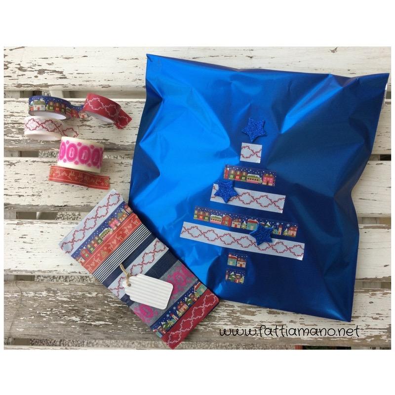 pacchetto regalo per Natale con washi tape
